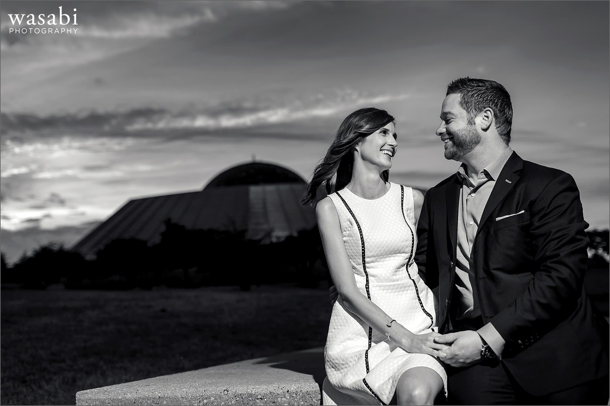 adler-planetarium-engagement-photos-07