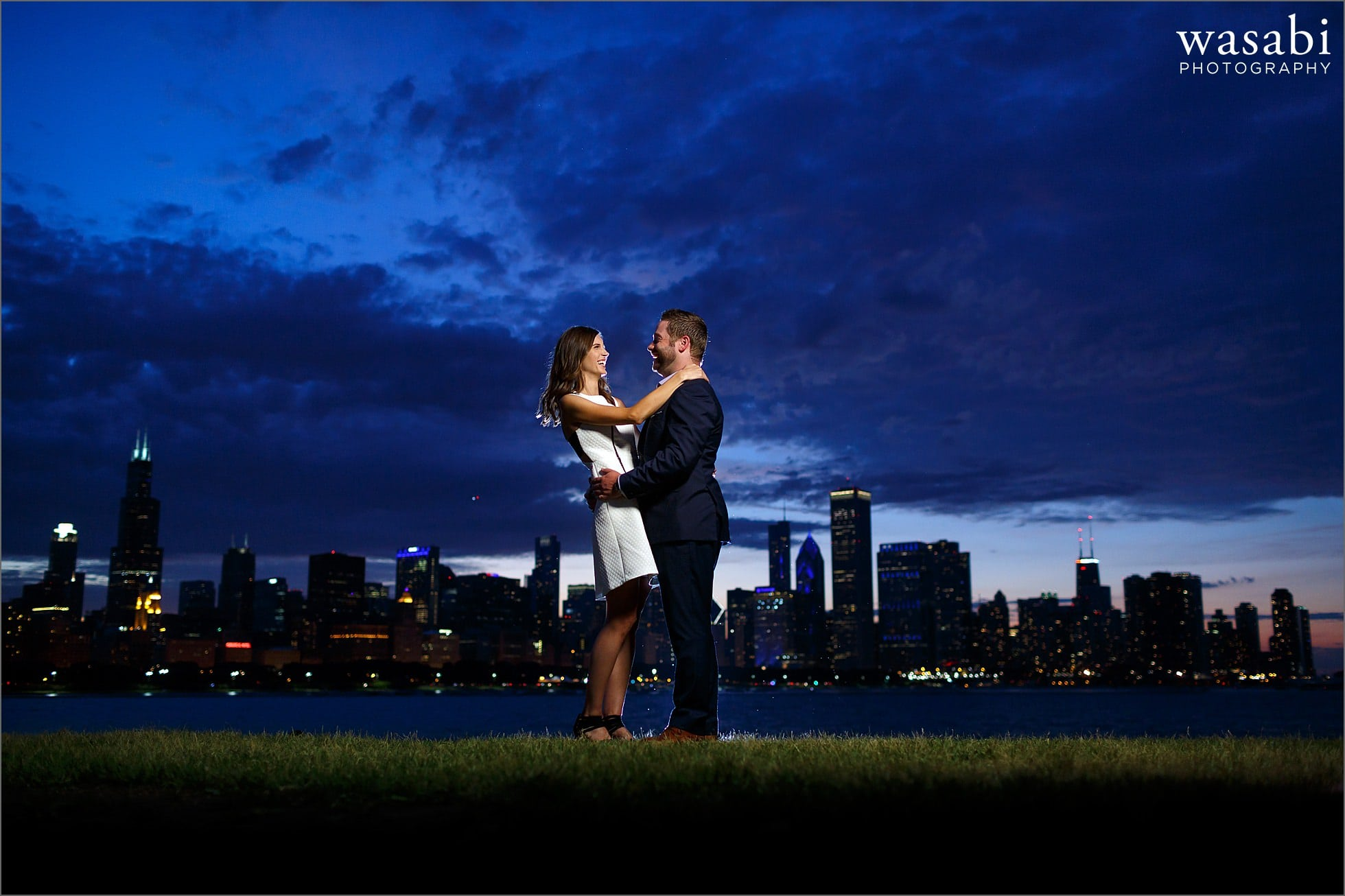 chicago-skyline-adler-engagement-photos-11
