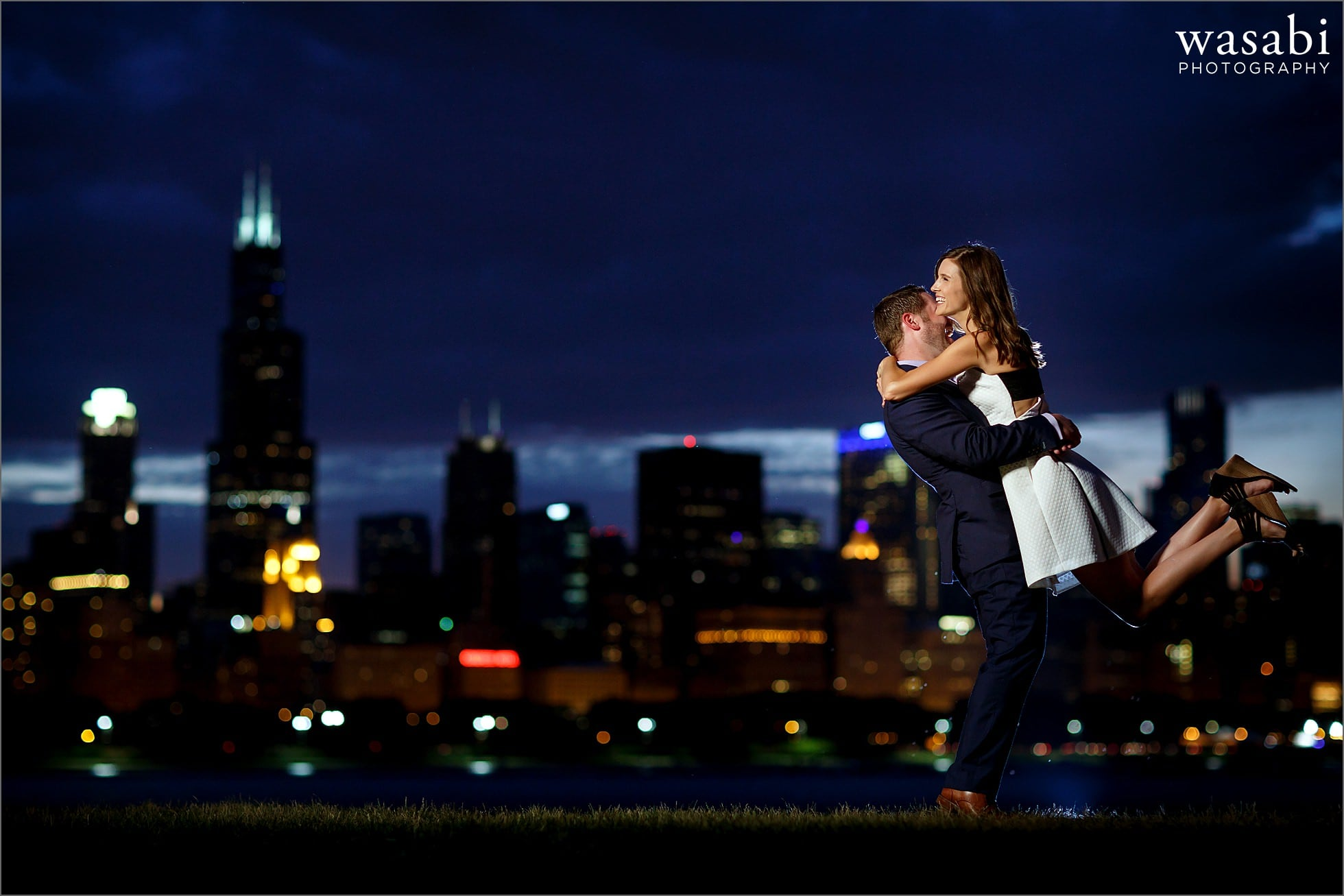 chicago-skyline-adler-engagement-photos-12