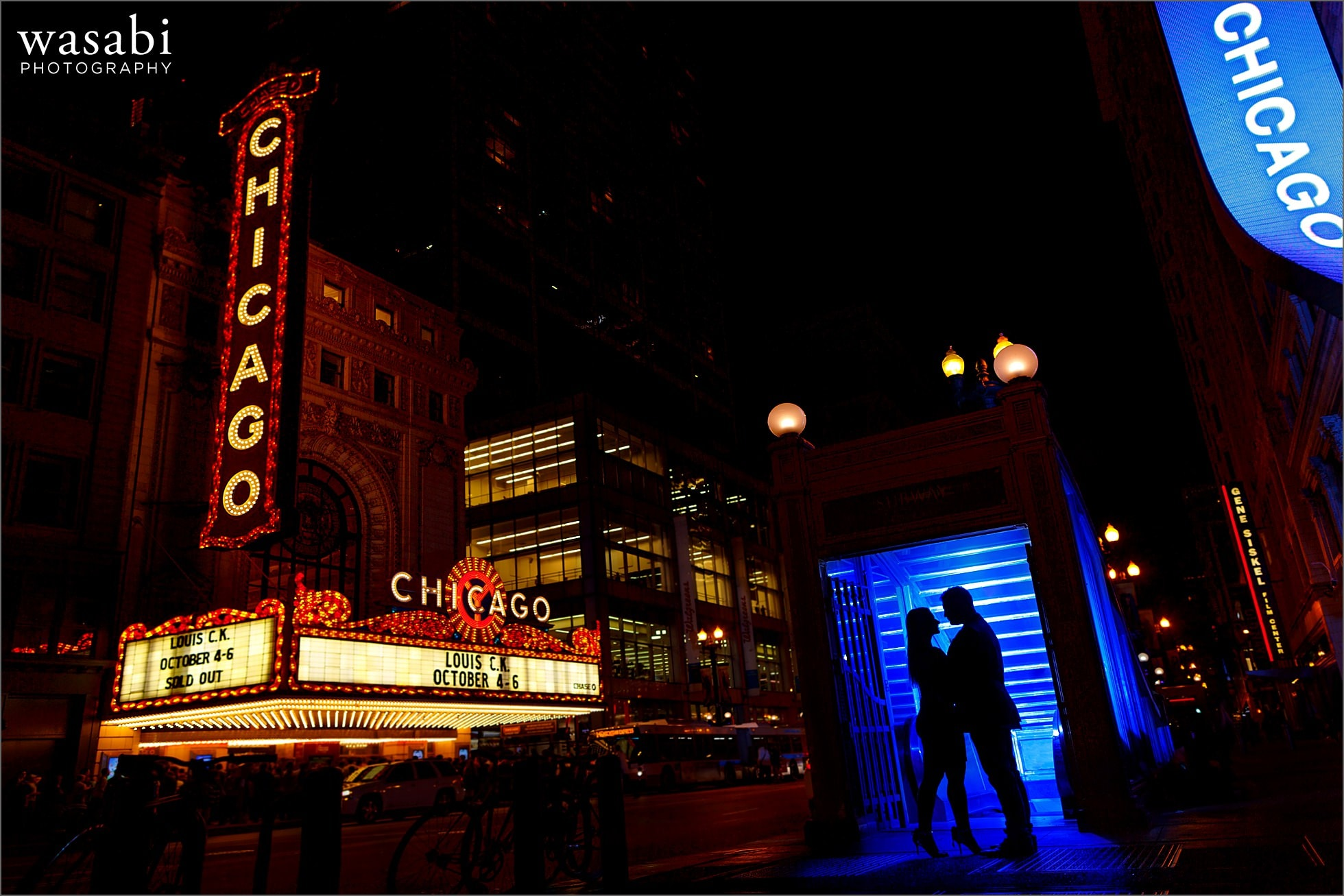 chicago-theatre-engagement-photos-11