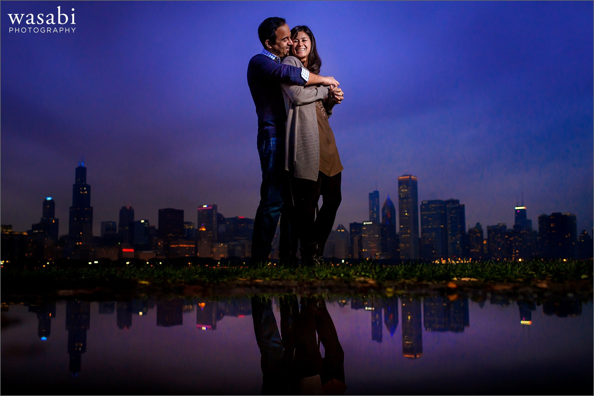 adler-planetarium-night-engagement-photos-10