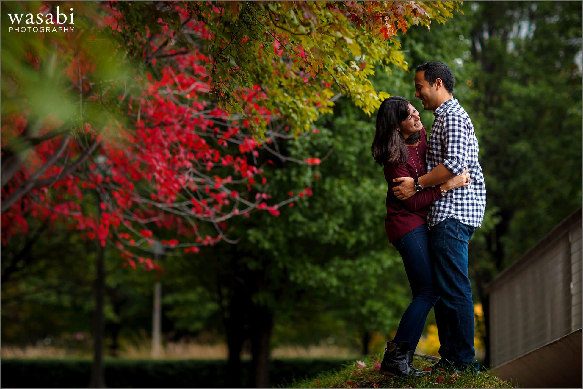 chicago-fall-engagement-photos-04