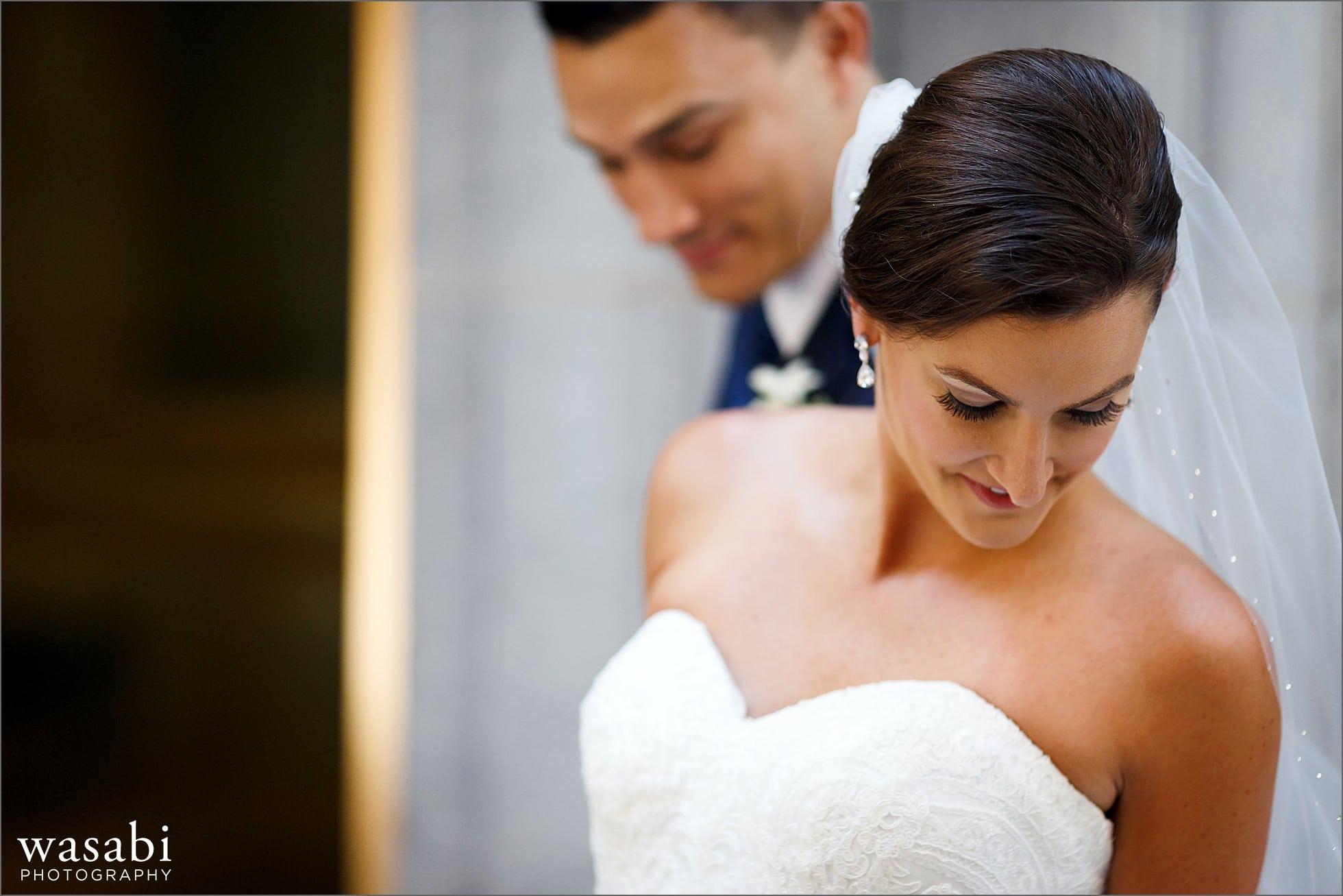 board of trade first look wedding photos