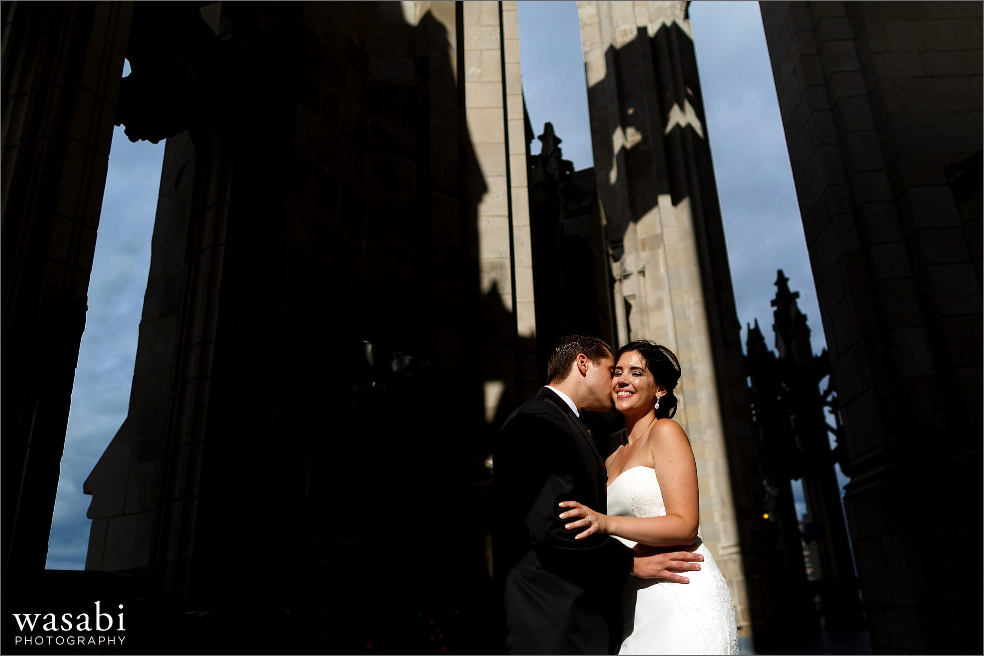 tribune tower crown chicago wedding portraits