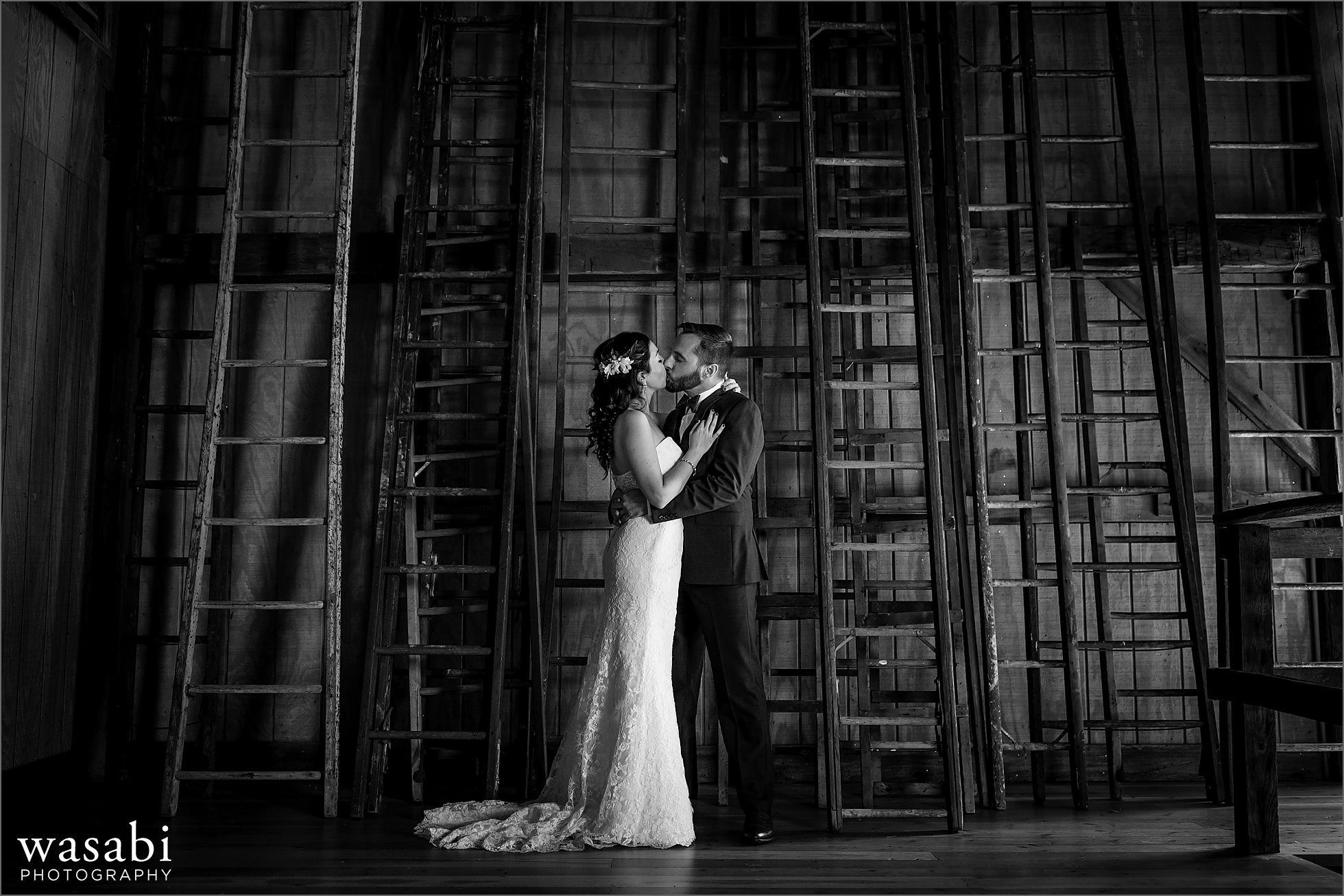 michigan barn wedding photos