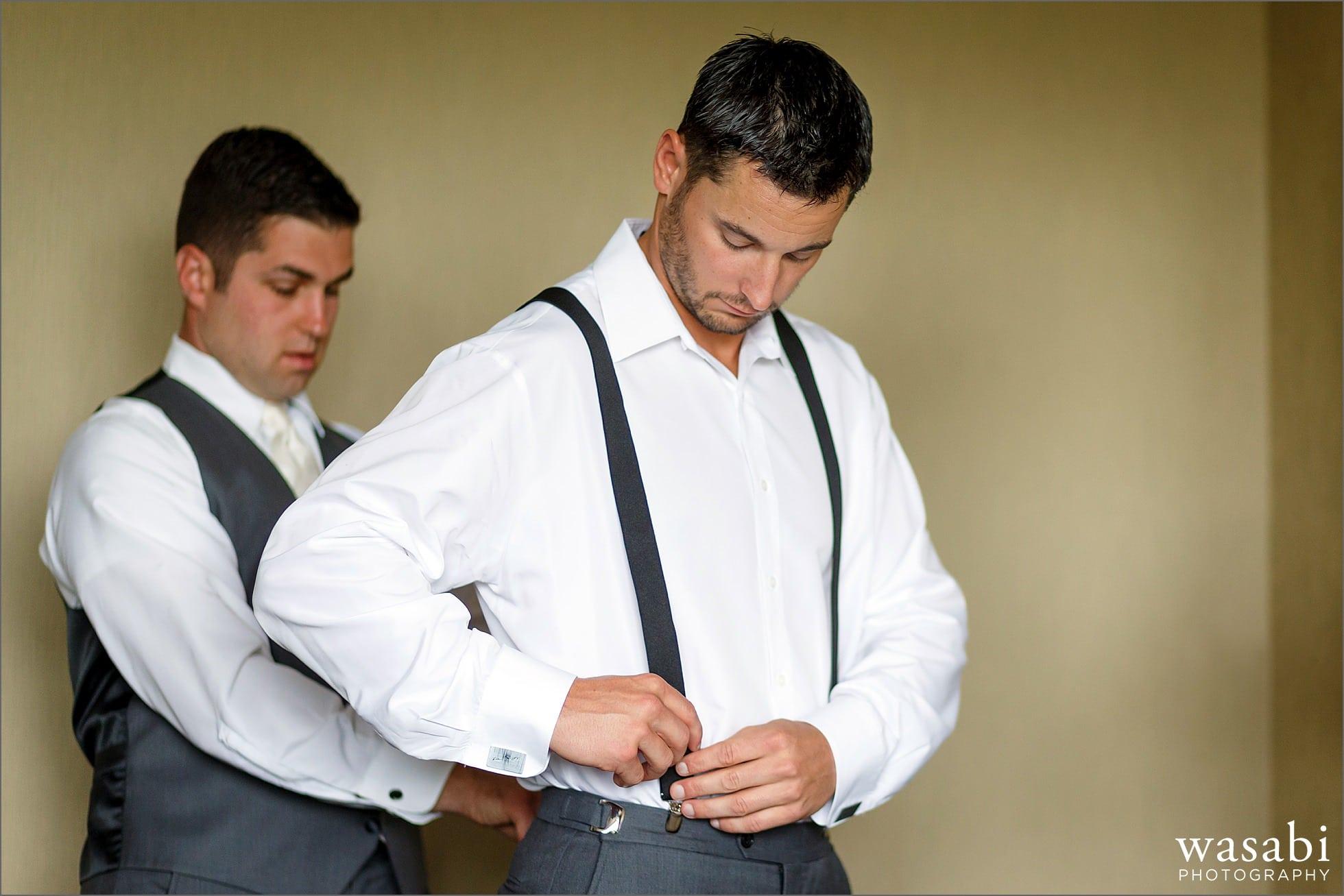 doubletree hilton hotel libertyville mundelein wedding getting ready