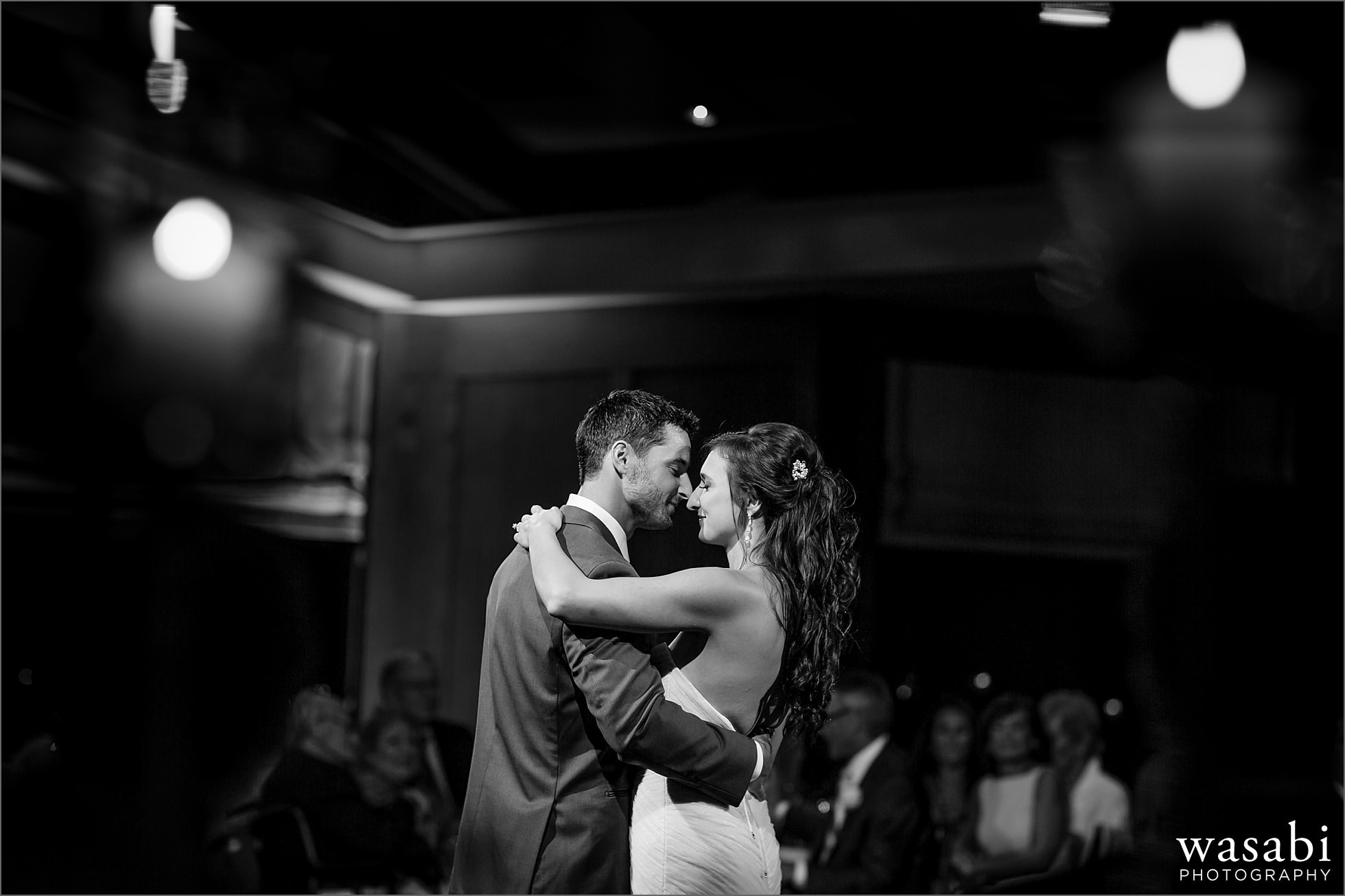 ivanhoe country club first dance reception photos