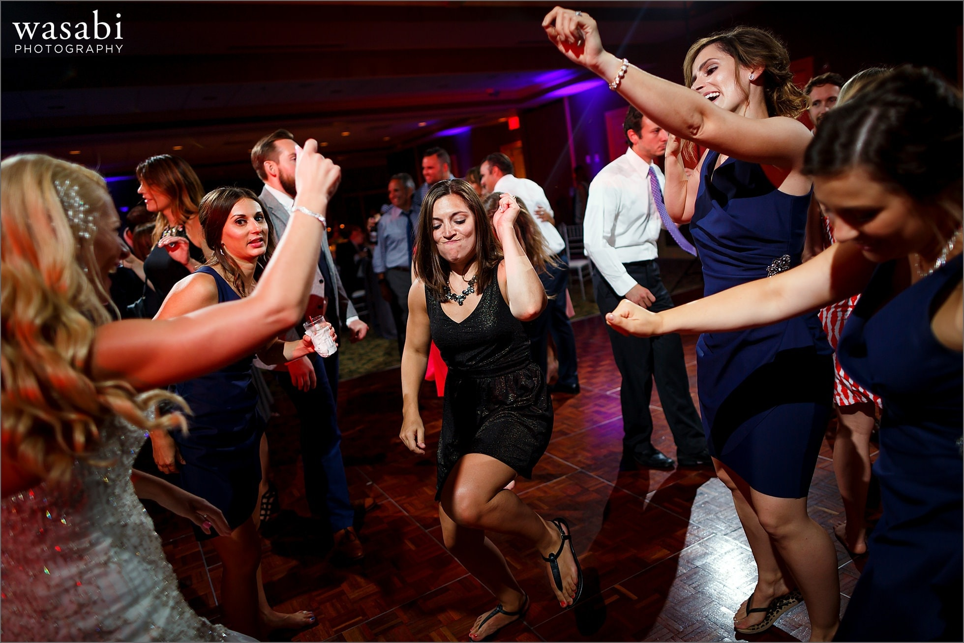guests dance during wedding reception at Crystal Tree Country Club in Orland Park