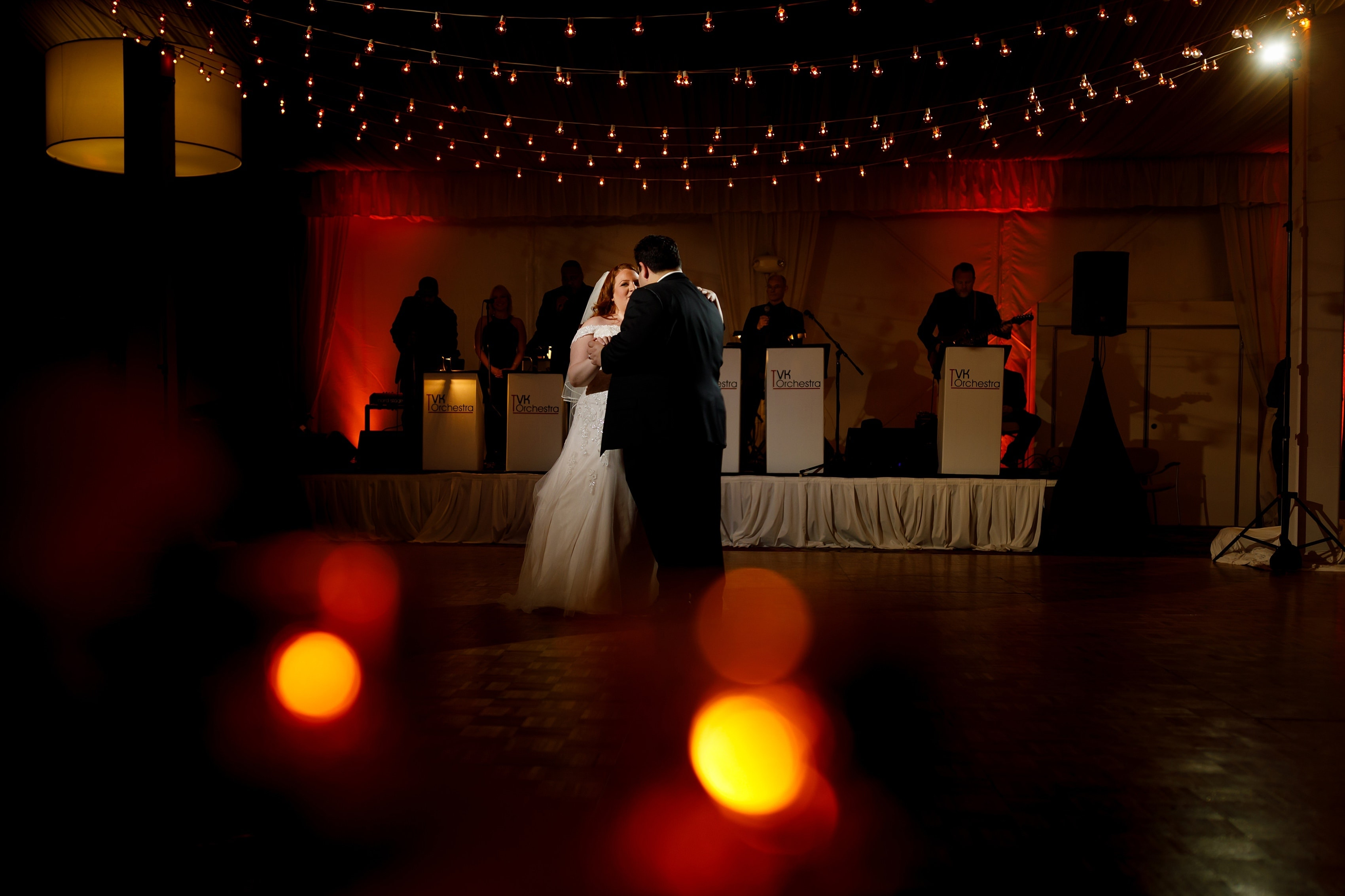 bride and groom first dance wedding reception at Lincolnshire Marriott Resort