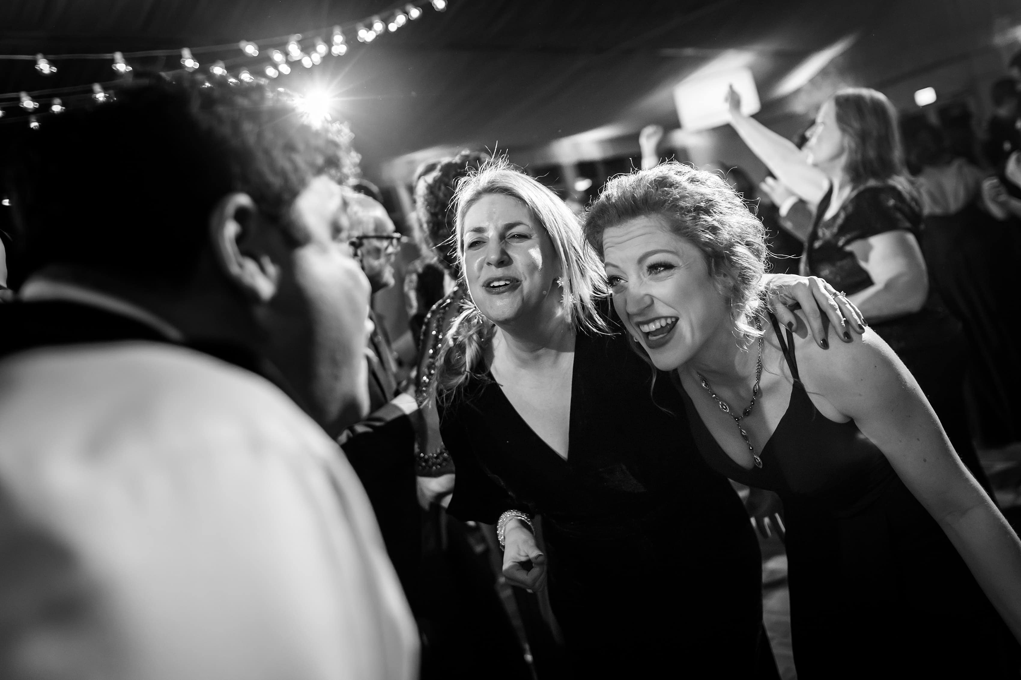 wedding guests dance during Lincolnshire Marriott Resort wedding reception