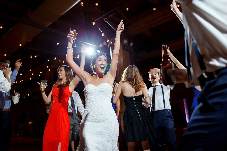 Bridgeport-Art-Center-Wedding-14
