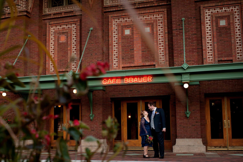 Cafe-Brauer-Wedding-Photos-06