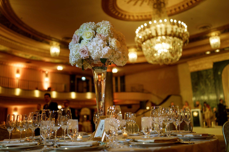 Intercontinental-Chicago-Magnificent-Mile-Wedding-08