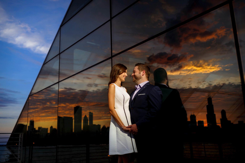 adler-planetarium-engagement-photos-08