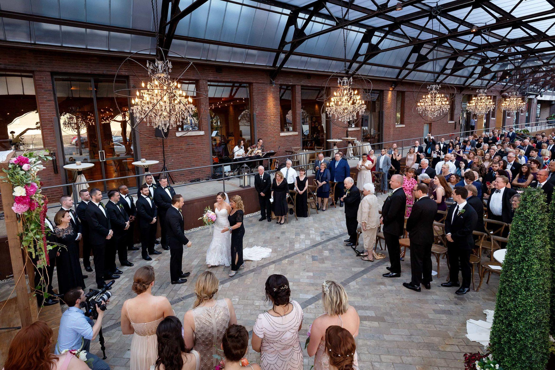 bridgeport-art-center-sculpture-garden-wedding-photos-17