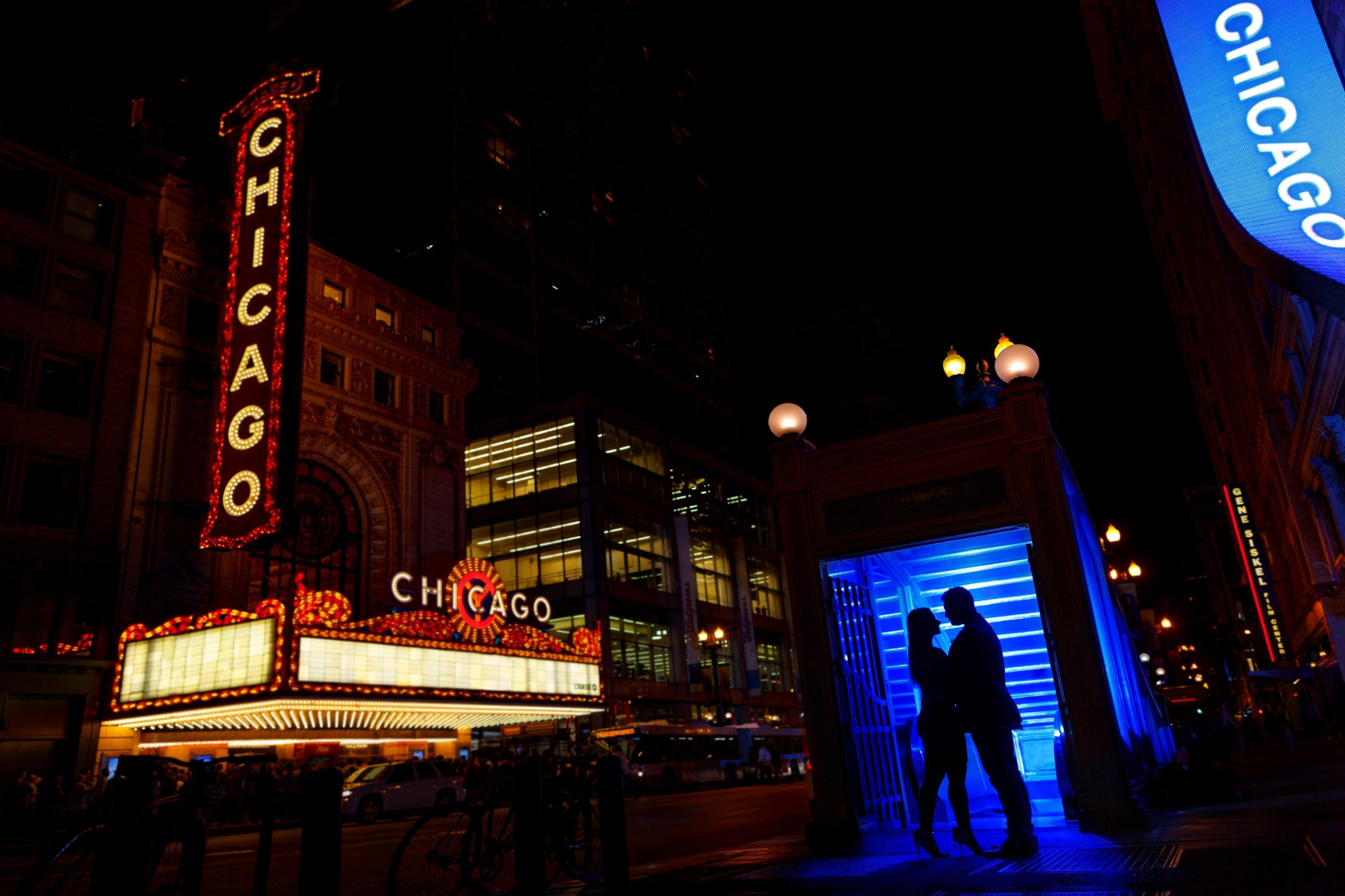 Jillian & Jake: Chicago Theatre Engagement Photos