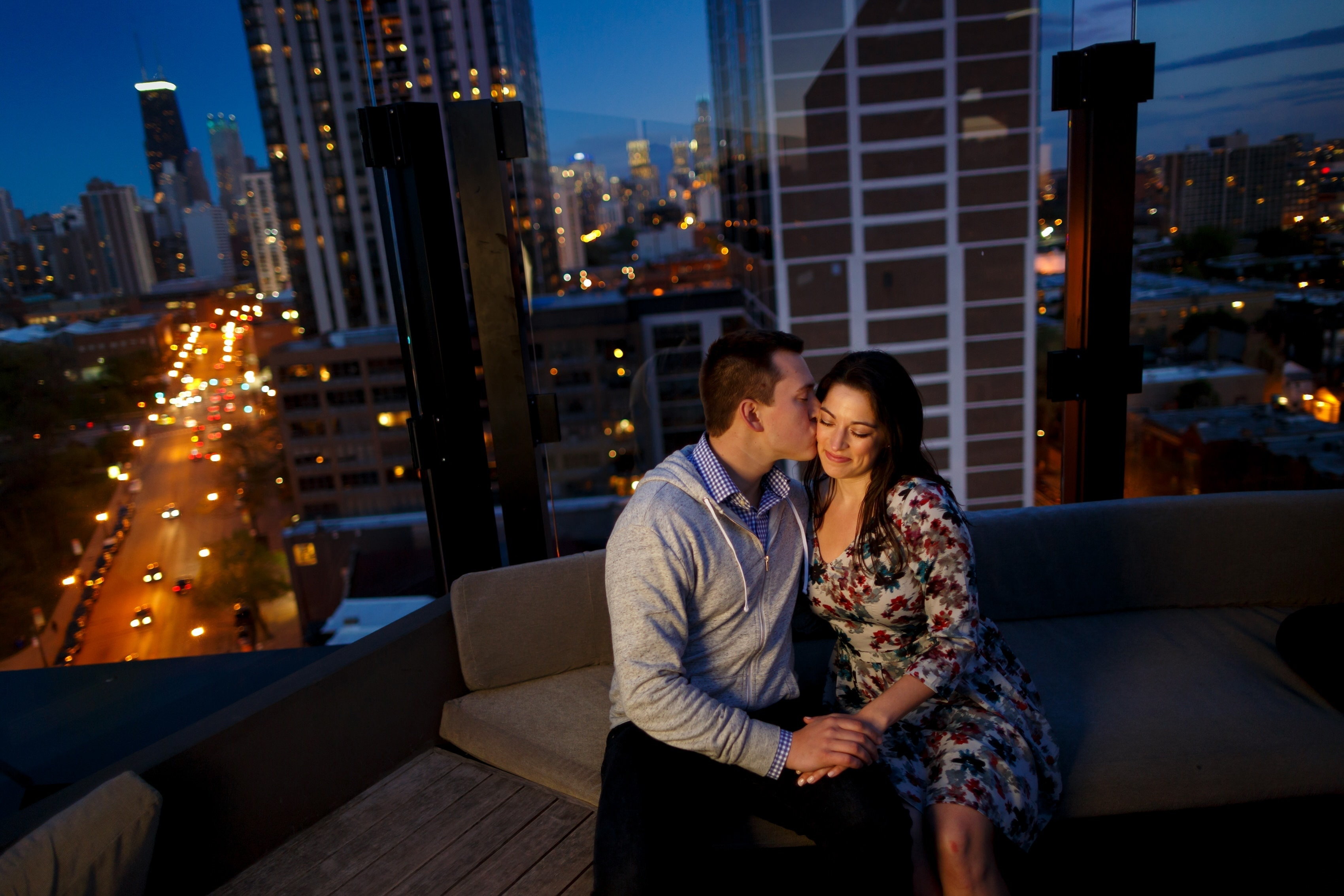 Johnna & Bryce: Lincoln Park Engagement Photos