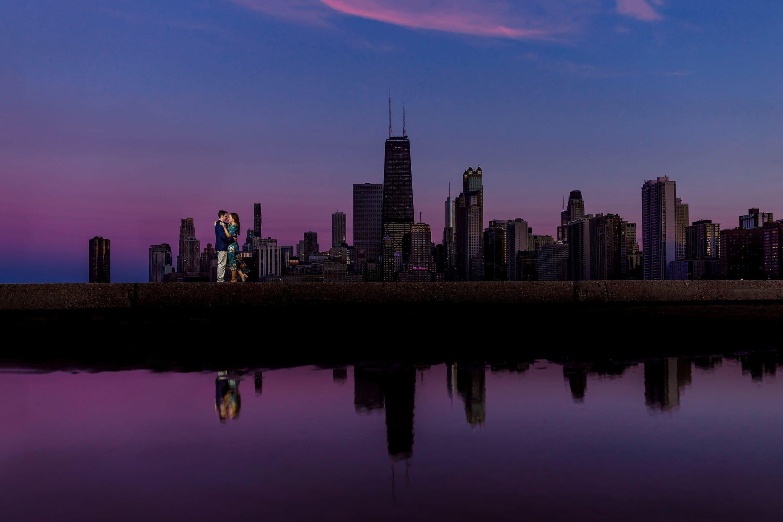 north-avenue-beach-chicago-engagement-photos-at-dusk-11