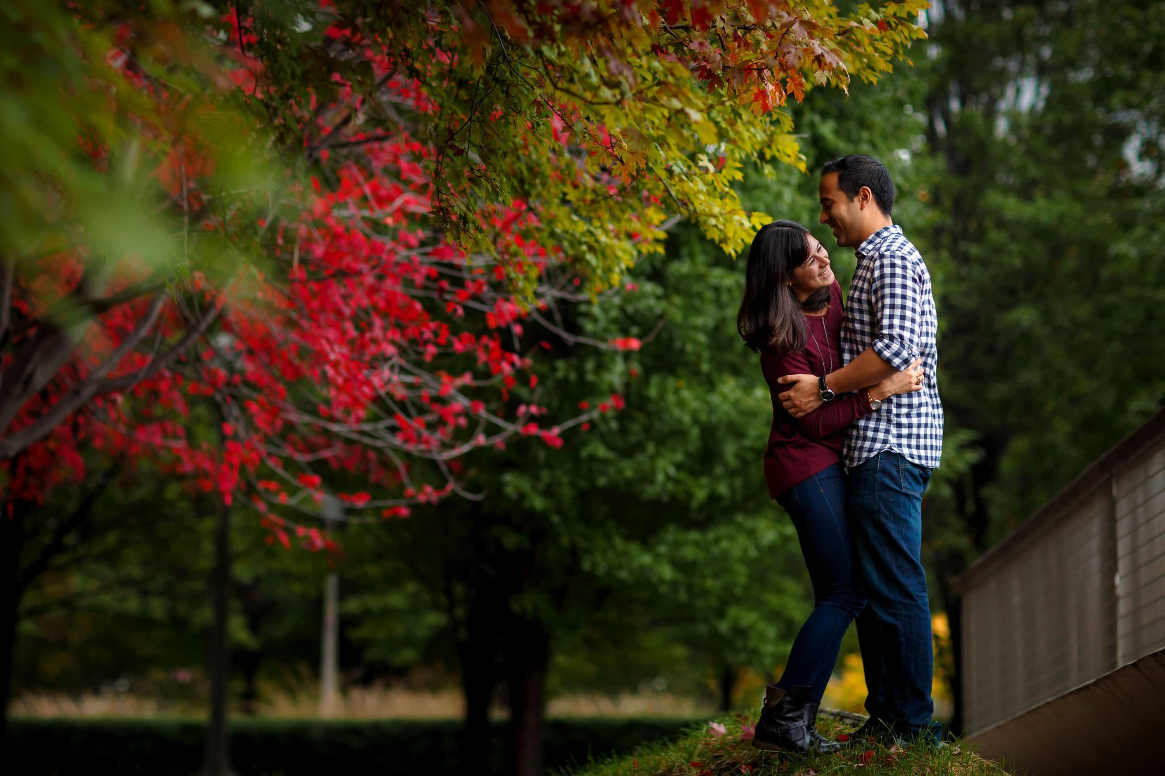 when-to-take-engagement-photos-01