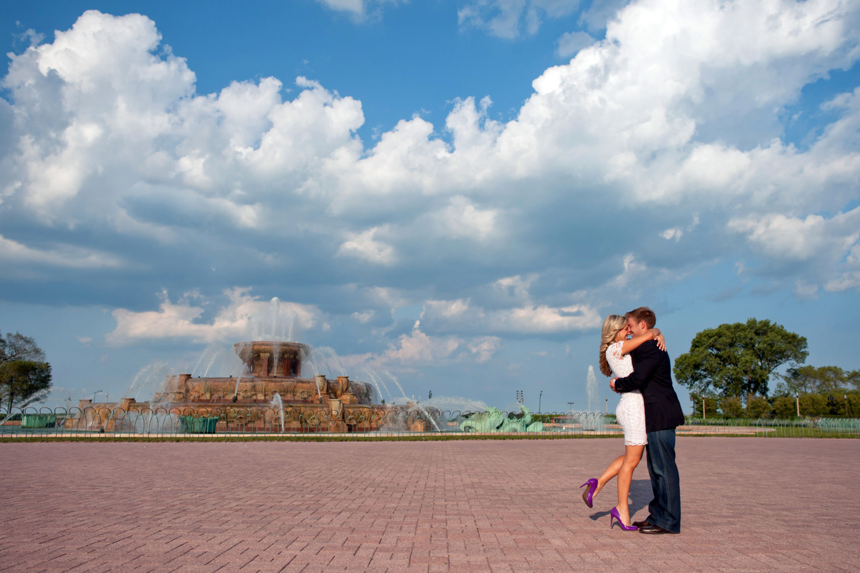 grant-park-engagement-photos-07